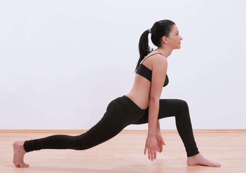 最新瘦脸瘦身瑜伽七个动作要领